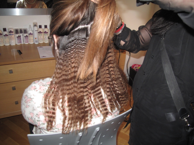 Crimped_hair_salon